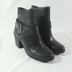 BCBGeneration Aries Black Leather Ankle Boots